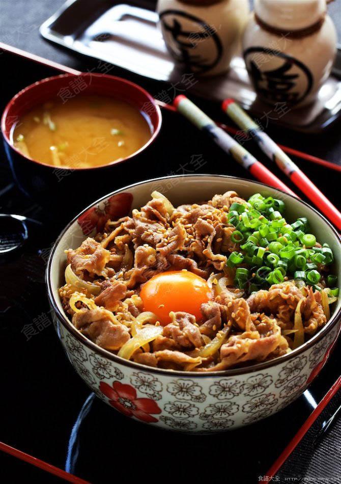日式牛丼飯