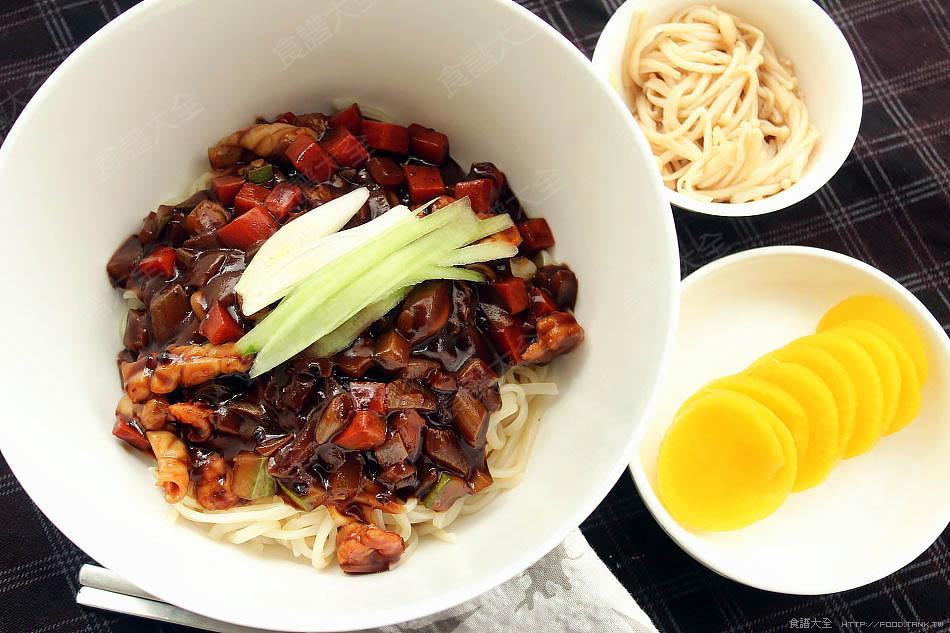 韓式炸醬麵