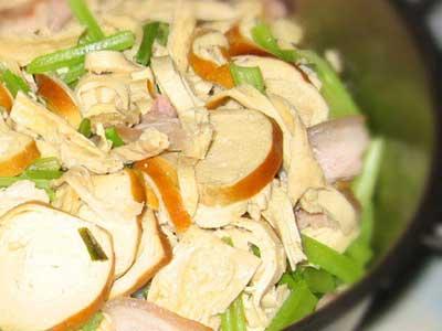 芹菜素雞燒豆腐皮