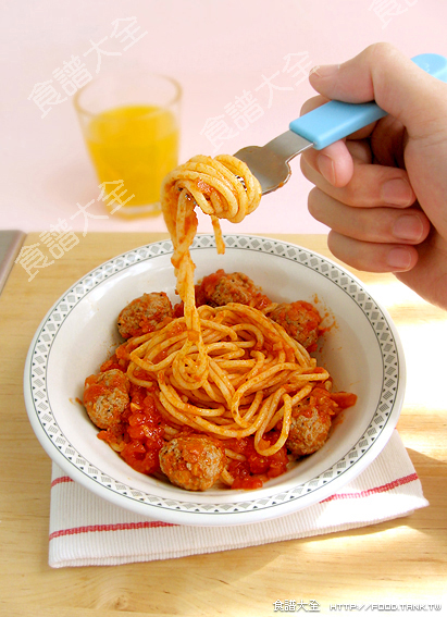 意大利麵醬+辣牛肉丸鮮茄麵