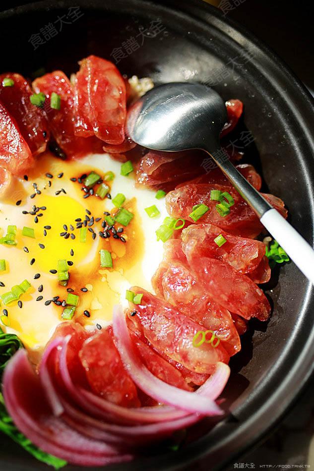 廣式臘腸煲仔飯