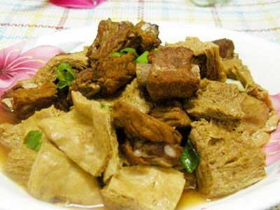 凍豆腐燒排骨