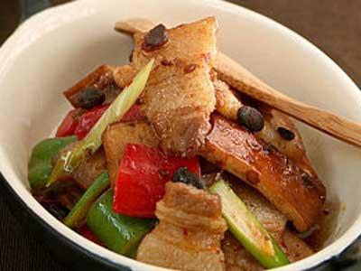 五花肉豆干乾鍋