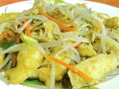 豆芽菜炒豆腐皮